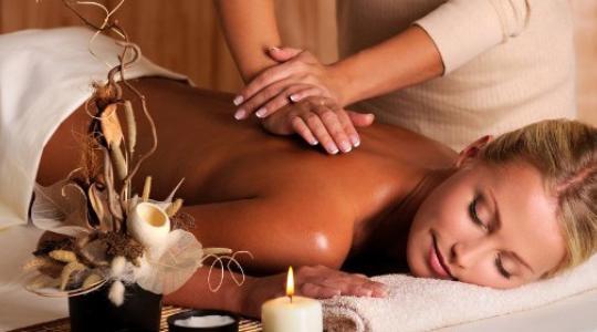 therapeutic massage jenny happy therapist